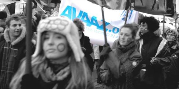 Avaaz emprendimiento social